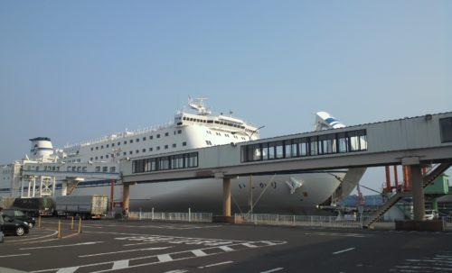 太平洋フェリーいしかり仙台港到着