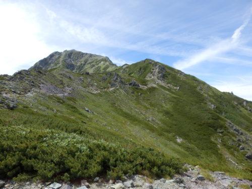 北岳への稜線