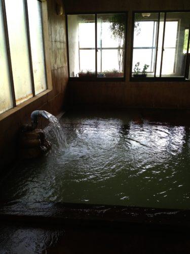 百沢温泉湯船