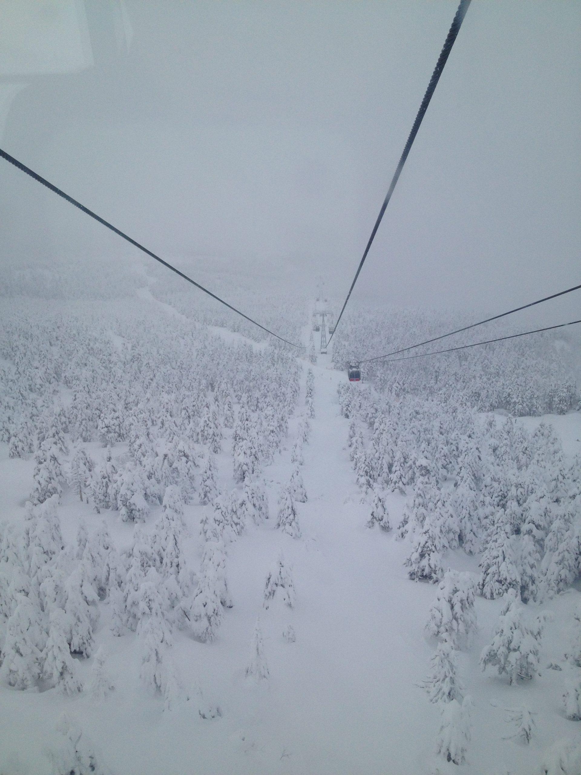 蔵王温泉スキー場山頂ロープウェイ