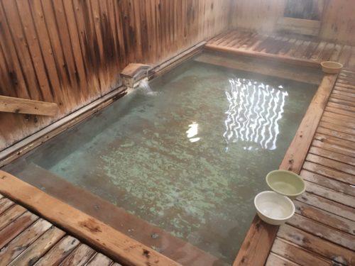 蔵王温泉上湯共同浴場湯船
