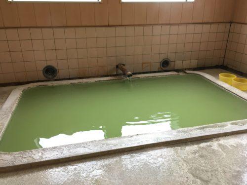 西多賀の湯の湯船