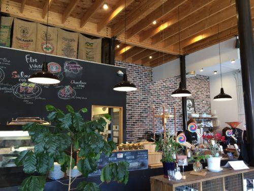 フラットホワイトコーヒーファクトリー店内2