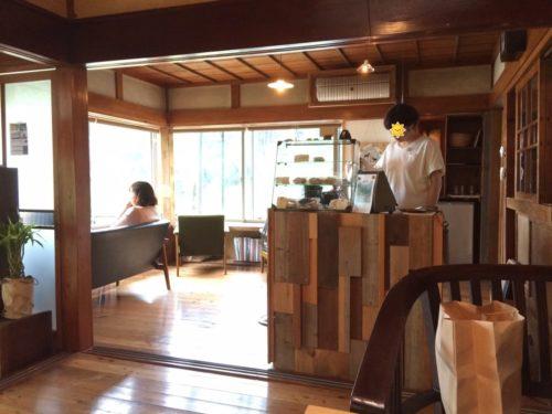 cafeはまぐり堂店内