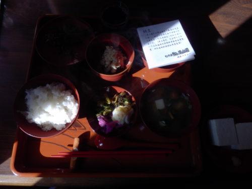 駒の湯山荘朝飯