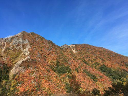 那須岳下りルート朝日岳紅葉